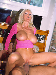 Busty blonde MILF\\\\\\\'s clit jewelry rattles as she gets her cunt banged!