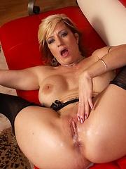 Sexy MILF sluts rides pole and takes a facial!