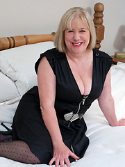 Hot euro mature in black stockings
