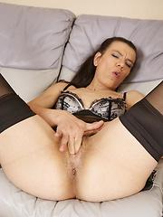 Euro mature in sexy lingerie solo pics