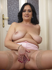 Chuby big breasted lady playing with herself