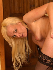 Hot Blonde MILF going naughty just for you