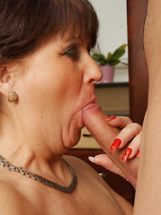 This mature slut really enjoys her toy boy
