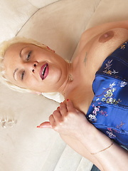 This horny mature lady really loves a hard cock