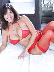 Hot steamy British MILF playing by herself
