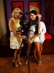 Three old and young lesbians making a special homevideo