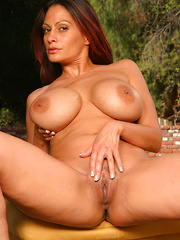 Big titted mature slut loves to fuck!