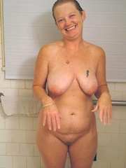 Perfect first-time sexperiments of mature rookies with stunning curves