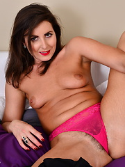 This hot mom loves to play with her hairy pussy