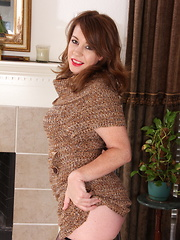 Hot American mom stripping and getting naughty