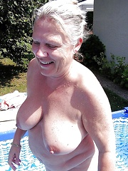 BBW matures and grannies at the beach 222
