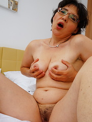 Hairy mature lady getting naughty by herself
