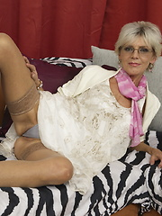 This housewife loves a young cock